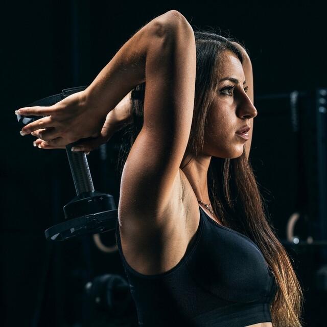 Pensa al tuo obiettivo, al resto ci pensiamo noi 💪🇬🇧 Think about your goal, we'll take care of the rest#lacertosus #lacertosusequipment #lacertosustyle #passion #motivation #quality #design #style #homegym #garagegym #homeworkout #garageworkout #gymmotivation #gym #training #palestraacasa #allenamentoacasa #hometraining #crossfit #allenamentofunzionale #crosstraining #functionaltraining #muscle #dumbellworkout #dumbell #manubri #dischi #bumper #bumpers #manubriregolabili💻Web: www.Lacertosus.com ✉Preventivi e informazioni: info@lacertosus.com 🚚Trasporti attivi in tutta Italia ed estero ➡️Taggaci nelle tue foto @lacertosus_equipment