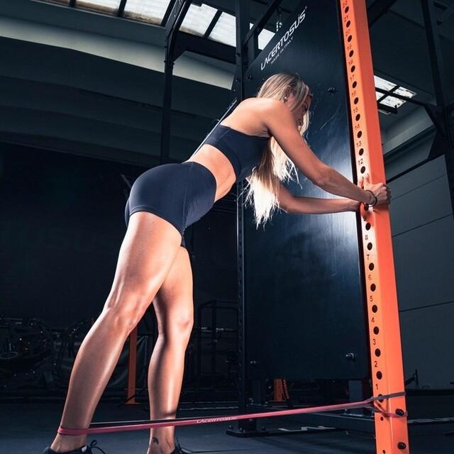 🇬🇧 Rubber Power Band SET - the ideal accessory for every athlete. 👉pull-up exercises, barbell exercises, stretching, aerobics, crossfit and much more🇮🇹 Rubber Power Band SET - l'accessorio ideale per ogni atleta. 👉esercizi di pull-up, esercizi con il bilanciere, stretching, aerobica, crossfit e molto altro#lacertosus #lacertosusequipment #lacertosustyle #equipment #quality #design #passion #motivation #homegym #garagegym #homefitness #workout #fitness #gym #workoutmotivation #palestratime #crossfit #powerlifting #bodybuilding #gymlife #welness #allenamentofunzionale #fitnessitalia #madeinitaly #muscle #legday #legworkout #band #powerbands💻Web: www.Lacertosus.com ✉Preventivi e informazioni: info@lacertosus.com 🚚Trasporti attivi in tutta Italia ed estero ➡️Taggaci nelle tue foto @lacertosus_equipment