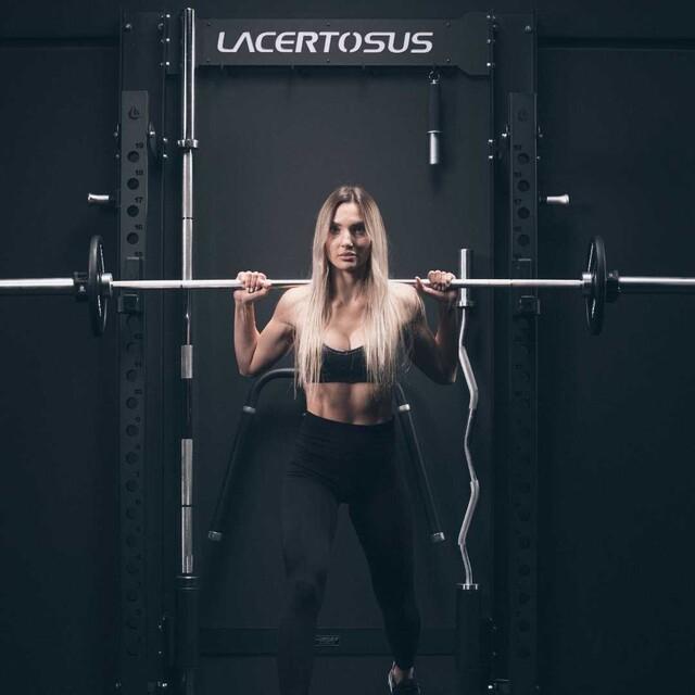 FOLDABLE RACK ▪ è la versione richiudibile a muro del robusto Rack PRO; con un meccanismo che rende l'utilizzo semplice, rapido e con una stabilità mai vista in un rack pieghevole.🇬🇧 FOLDABLE RACK is the reclosable wall version of the robust Rack PRO; with a mechanism that eases and quickens the use, with a never seen stability in a folding rack.#lacertosus #garagegym #lacertosusequipment #garage #home #fitness #gym #wortkout #motivation #training #foldable #salvaspazio #foldable #dip #pullups #rack #panca #kettlebell #dumbells #functionaltraining #bodybuilding #crosstraining #pavimentogommato #dipfoldable #allenamento #palestra #palestraitalia #palestraincasa💻Web: www.Lacertosus.com ✉Preventivi e informazioni: info@lacertosus.com 🚚Trasporti attivi in tutta Italia ed estero ➡️Taggaci nelle tue foto @lacertosus_equipment