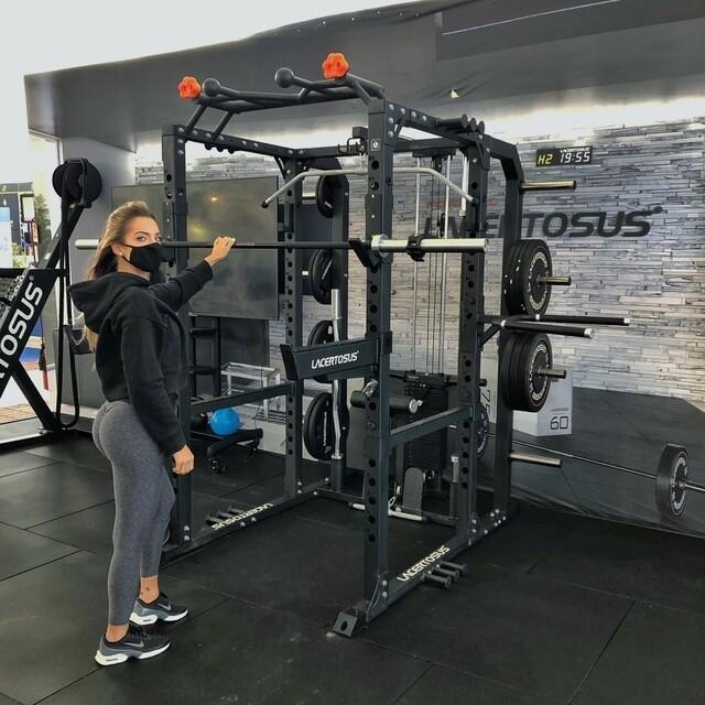 PRO POWER RACK molto di più di un rack💪#lacertosus #lacertosusequipment #lacertosustyle #passion #quality #motivation #madeinitaly #design #homegym #garagegym #homefitness #garageworkout #fitness #wellness #fitnessitalia #gym #gymlife #palestra #crosstraining #allenamentofunzionale #rack #powerrack #propowerrack #racklacertosus #crosstraining #bodybuilding #powerlifting #crossfit #training #muscle💻Web: www.Lacertosus.com ✉Preventivi e informazioni: info@lacertosus.com 🚚Trasporti attivi in tutta Italia ed estero ➡️Taggaci nelle tue foto @lacertosus_equipment